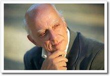 Rubem Alves, psicanalista, teólogo, educador e escritor. Brasileiro.